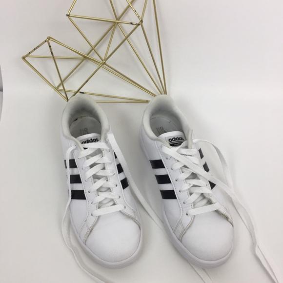 Men's Cloudfoam Advantage 3 Stripe Sneaker